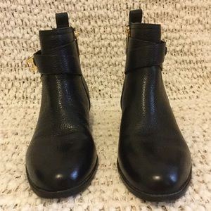 Isaac Mizrahi black leather boots size 7